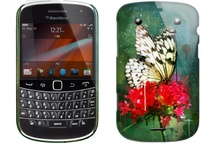 BlackBerry Bold 9900 Cases / Personalised BlackBerry Bold 9900 Cases featuring your photos and text. Our application makes it easy to make your own amazing design in minutes for just £18.97.