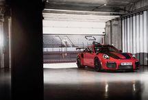 Porsche 911 GT2 RS en Portimão / Un grupo de periodistas ha tenido la suerte de probar el nuevo Porsche 911 GT2 RS en el circuito de Portimão.
