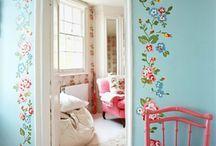 feeling floral / by Stephanie Hampton-Kodie
