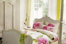 Decorate - My Bedroom / by Mindy Nowacki