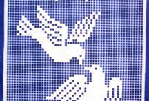 tapestry crochet bird