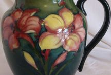Moorcroft pottery / The wonderful world of antique Moorcroft pottery
