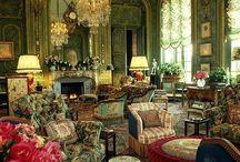 wnętrza pałacowe..