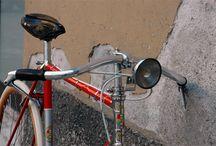 Bikes / Hot wheels.
