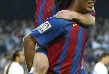 Messi and Ronaldinho