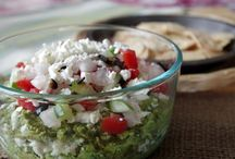 Recipes - Appetizers & Sides / by Mackenzie Hensley