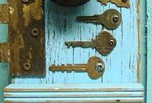 все для ключей, из ключей и под ключи / Хранение, ношение, перевоплощение и изготовление.