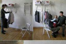 mensole con sedie