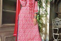 tailleur pantalon 2017 / Devenir principale attraction de toute occasion formelle ou informelle en portant des tailleurs pantalons exquis achetés auprès Andaaz magasin de mode . Andaaz Fashion est un guichet unique pour la variété de costumes de pantalon asiatiques , Costumes Femmes pantalons , costumes designer de pantalons et même des tailleurs pantalons pakistanaises aussi .  http://www.andaazfashion.fr/salwar-kameez/trouser-suits