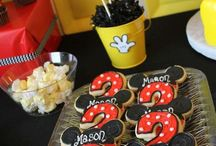 Mickey mouse party and decor