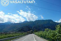 Pető Ildikóék a Garda-tónál / Pető Ildiék a vasaltutak.hu-tól kaptak felszerelést Garda tavi túrájukhoz. Nagyon jól érezték magukat. Bérelj tőlünk Te is via ferrata felszerelést, ha külföldre mész mászni!