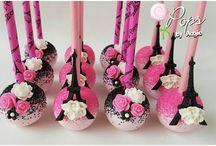 Paris cupcakes1