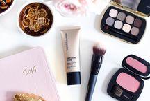 Makeup flatlays