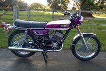 Yamaha roxa