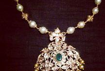Kundan n diamonds pendants