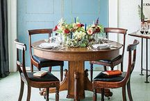 Dining Room Table / by Leslie Gordon