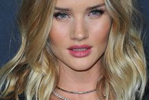 Wavy Hairstyles / Ride the wave with all our fave beach wave hairstyles