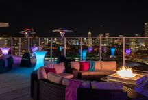 Event: Glowing Holiday Party / Overlooking Downtown Atlanta, this corporate holiday event lit up Ventanas. Literally! With glow cubes, glowing communal highboys and fun geometric shapes throughout, this event transformed Ventanas into an ultra modern and hip party.