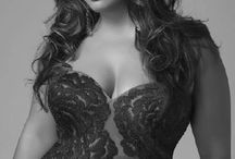 thick/gorgeous women / by gordy