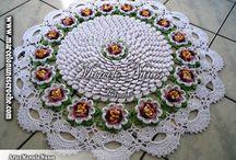 Tapetes de crochê / Dicas de crochê do site www.floresdecroche.com.br  Visite-nos Curta no FB: @clubedecrocheoficial