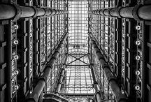 Architecture / Black and white architecture