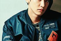 Chan Yeol (EXO)