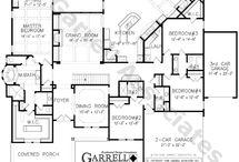 Dream Home-Plans / by Christina Beck