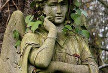 Statuary / Landscaping