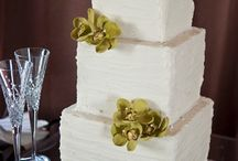 Square Wedding Cakes / by Diane Castro