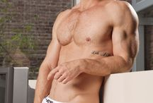 Landon Conrad: the daddy that everyone would like to have (and fuck)