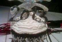 Love 2 Bake / by Hopen Family