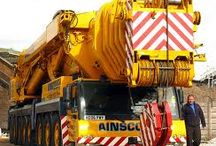 WORLD HEAVY SPECIAL EQUIPMENT/MACHINERY (8) / Heavy Mobile/Crawler Cranes,for construction work,to lift Heavy Weights,to many high floors or traffic acidents rescue,when are  envolved big trucks or big machines,to lift them up.