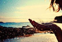 """Bom diaa!! / """"Só existem dois dias no ano que nada pode ser feito. Um se chama ontem e o outro se chama amanhã, portanto hoje é o dia certo para amar, acreditar, fazer e principalmente viver."""""""