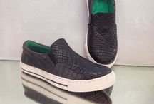 crocodile shoes / Fashion crocodile shoes Fashion shoes from crocodile skin