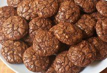 Cookies!! Nom Nom Nom!! Everyday to Holiday!