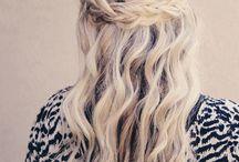 Hair, hair, messy hair!