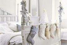Christmas Bedrooms / Great christmas decoration for the bedroom.