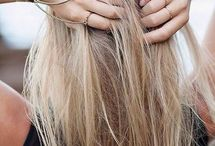 Color: blonde / Hair that has been dyed blonde