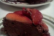 Healthy birthday cake ideas / by Belinda Chapman