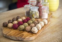 Our Protein Balls / Here at The Protein Ball Co we have created the most delicious, all-natural high protein snacks in the universe! Stacked with a range of organic proteins we offer vegan, paleo and whey protein balls in a unique range of flavours!