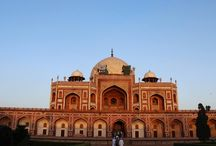 Delhi / Delhi is the capital of India and popular tourist destinations amongst domestic and international tourists.