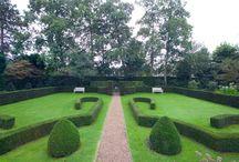Klassieke tuinen / Klassieke tuinen en tuinen met een klassieke uitstraling/karakter