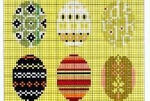 Broderies oeufs de Pâques