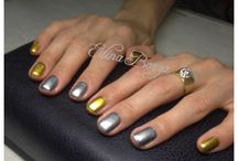 Magic mirror nails. Love them! / Gold... Silver... Mirror nails