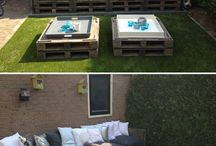 Outdoors / Pallet outdoor couch and table
