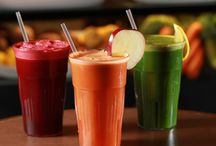 Smoothies and Juice Bar / Smoothies and Raw Juice made to order using fresh vegetables and fruits.