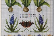 Fleur en point de croix / by Fatima Echerei