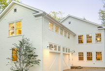 homes / Pretty farmhouses, modern farmhouses, White house