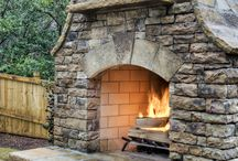 Outdoor fireplace/fire pit