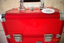 Maletas / De varias maletas que havia, de todos os tamanhos, cores e formas... Eu enfim escolhi essa !!